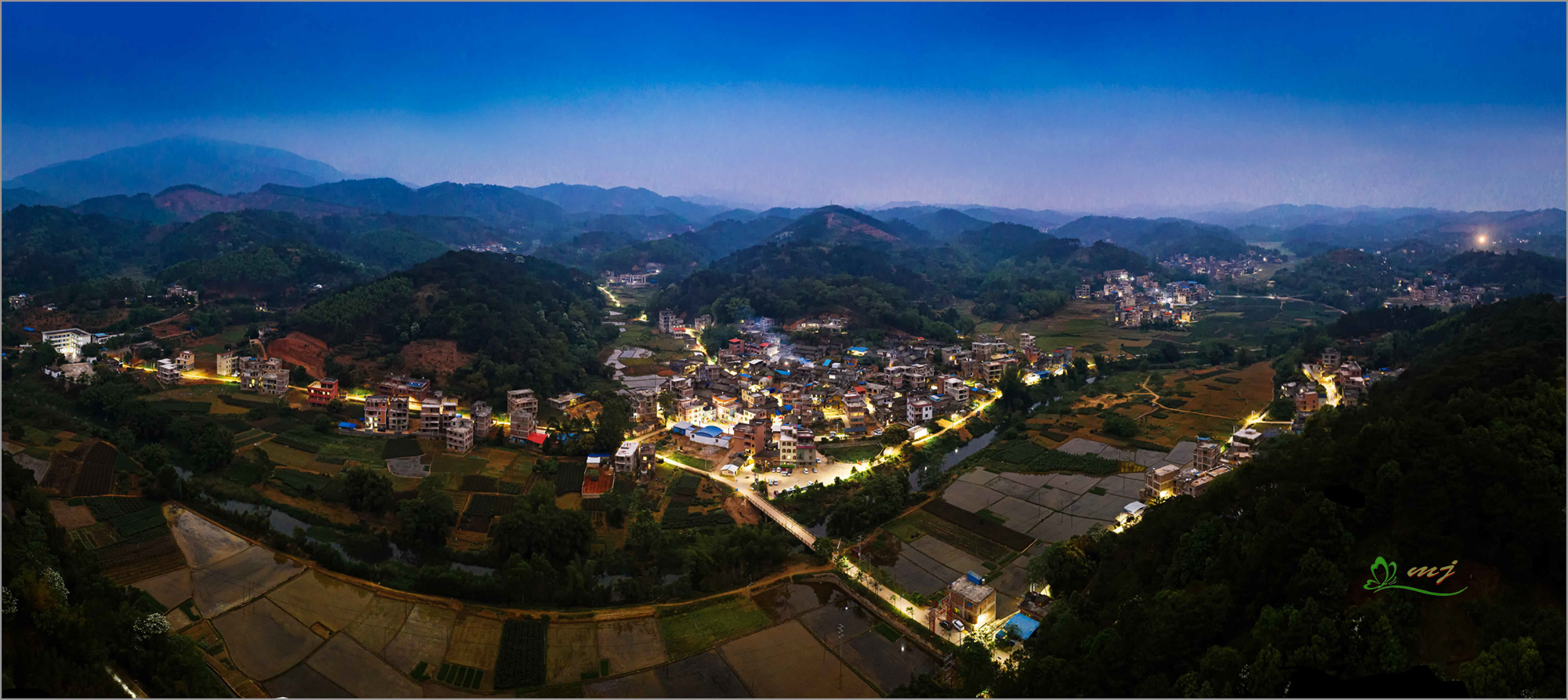 修竹村夜景-2.jpg