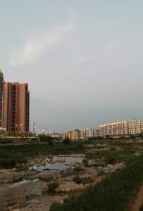 一江两岸尽收美景