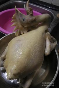 灵山自家养自家做的鸡肉