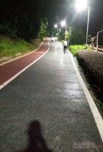 灵山六峰路跑步 满满的正能量